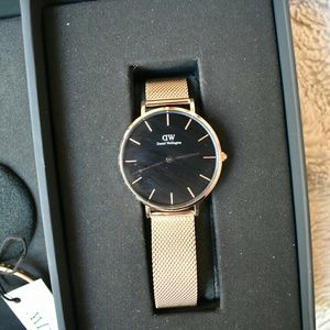 Daniel Wellington Accessories - Daniel Wellington Watch